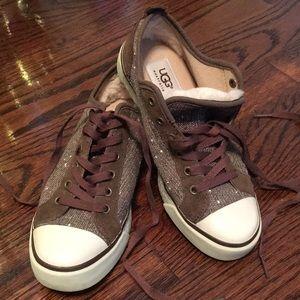 Ugg Sneaker US size 6